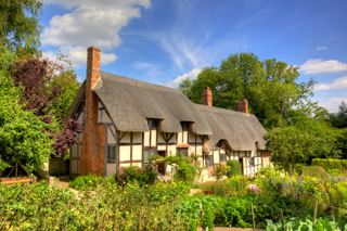Anne Hathaway's cottage. Wife of William Shakespeare. This is where Anne lived as a child.