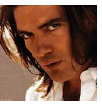 Antonio Banderas hot pics and photos made a splash ... hot pics and photos