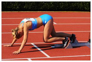 Runner on a racetrack