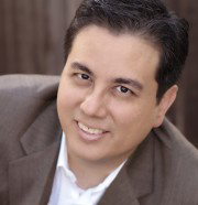 Luis Garcia headshot, voices.com talent