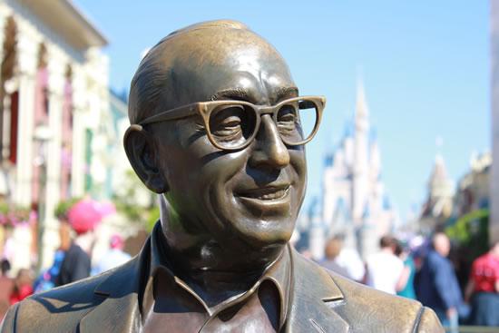 Walt Disney monument, Magic Kingdom